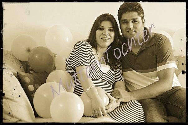 Maternity Photography: Happy us