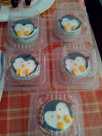 Made to order Pingu Cupcakes for Return gifts