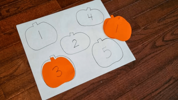 Halloween Party Games Pumpkin-Number-Hunt-for-Toddlers | Mutter-n ...
