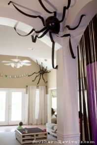 Halloween decor idea: spider