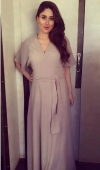 Maternity Fashion: Pregnant Kareena Kapoor makes a stylish choice with this comfortable ankle length dress at a formal do