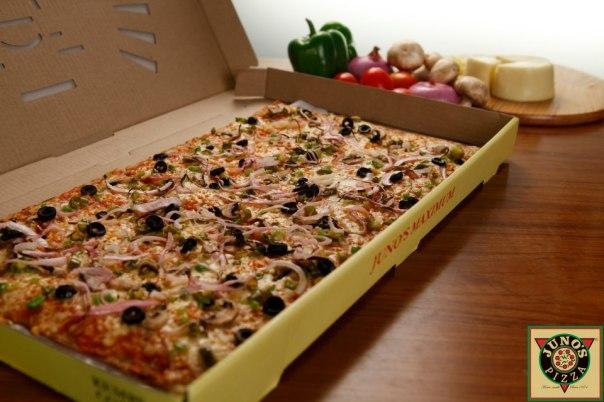 junos-20-inch-pizza